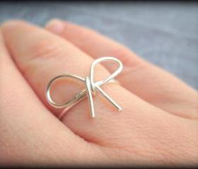 Silver bow ring.Bow ring.Bridesmaid gift.BFF.Love.Infinity.